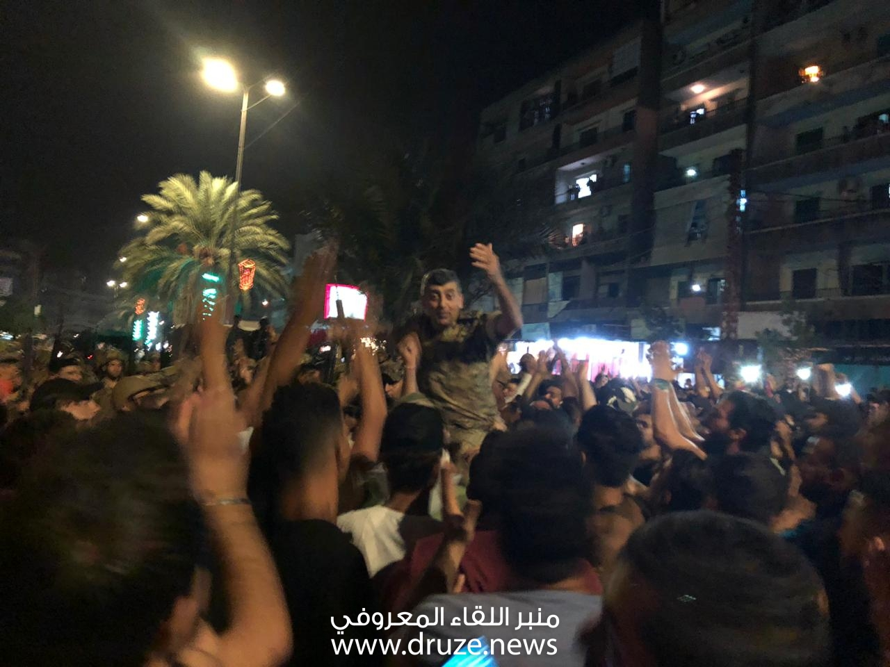 الجيش اللبناني في البداوي.. محمولا على الاكف..